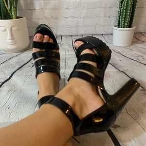 Steve Madden faux leather chunky heels